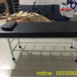 Giường massage khung sắt sơn đen đệm đen_QKA GS01b