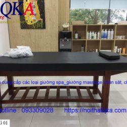Giường mát xa khung gỗ đệm đen_QKA GG01b