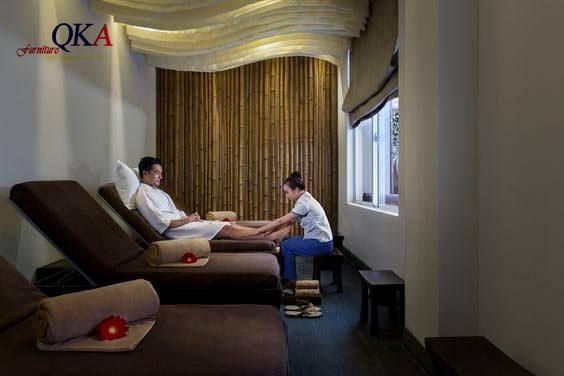 massage chân tại spa